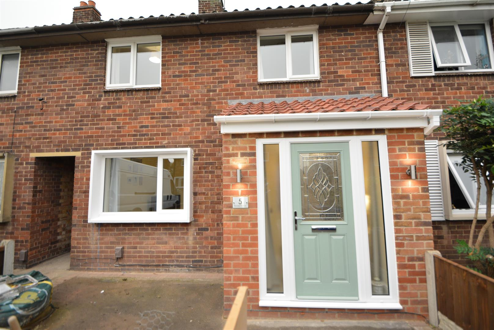 3 Bedrooms House for sale in Rowsley Avenue, Long Eaton, Nottingham